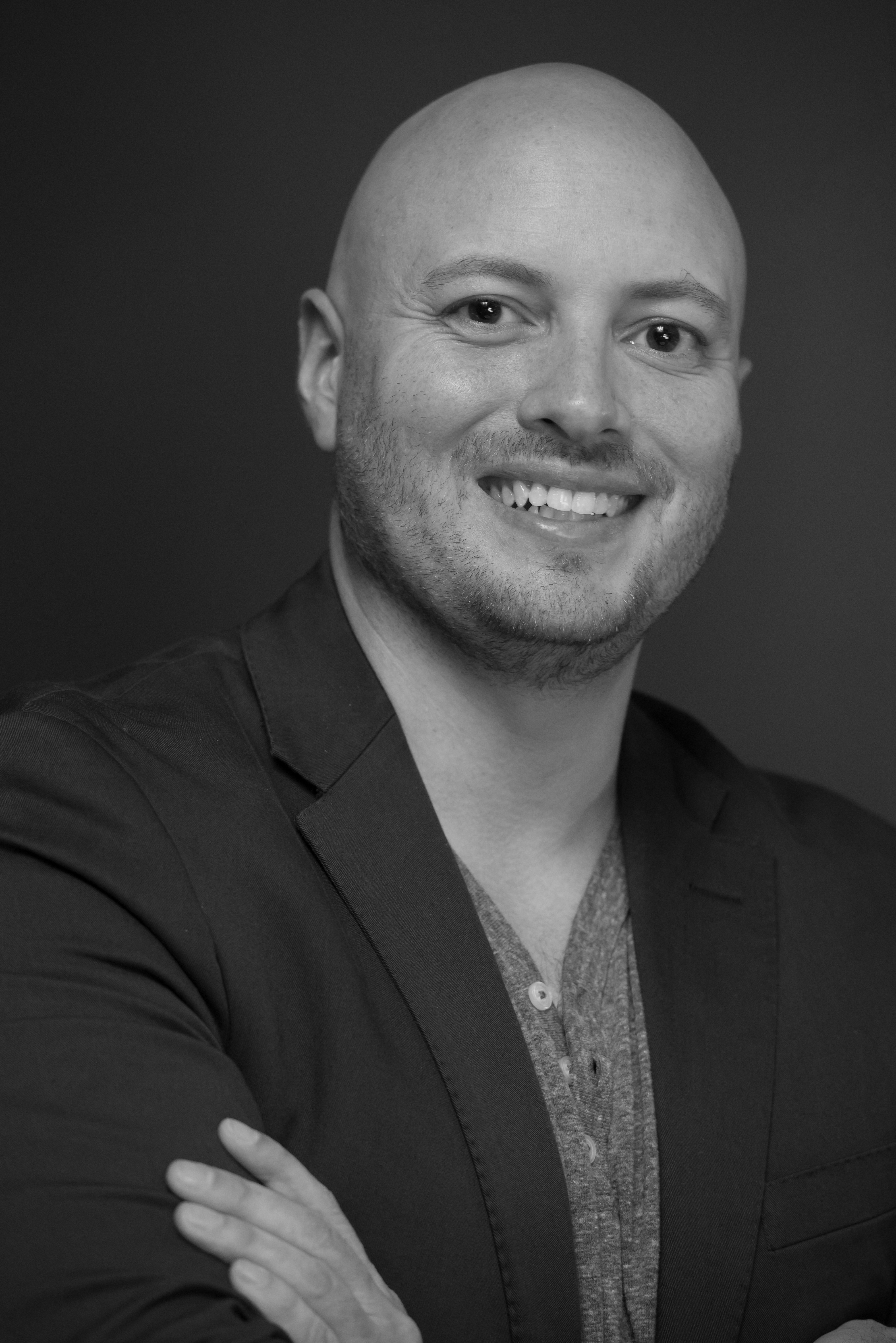 Certified BizHack Academy instructor and coach Giovanni Insignares is an expert digital marketer who teaches businesses how to find new customers using online advertising and social media marketing